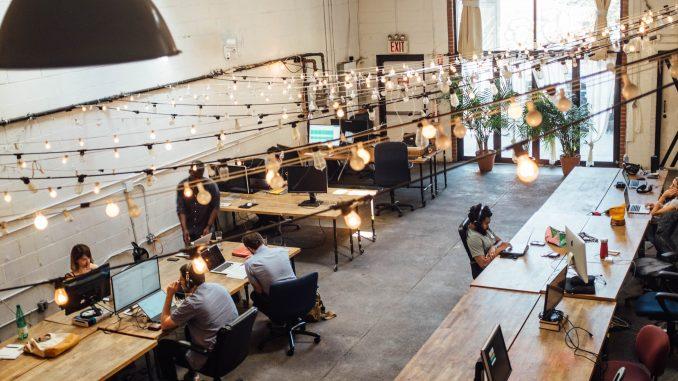 Un joli bureau en open space
